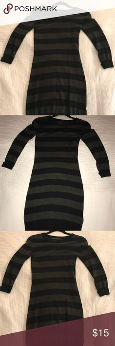 French connection Sweater dress size 4 Very cute sweater dress. Perfect condition, only worn once. Size 4 French Connection Dresses Long Sleeve
