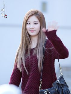 Seohyun light brown hair