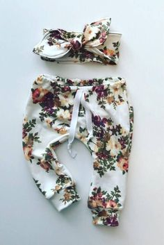 baby girl outfit / baby girl clothes / floral print / baby #KidsFashionStyle