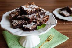 Brownie fácil   Receitas e Temperos Fudge, Brownies, Cupcake Cakes, Cupcakes, Chocolate, Desserts, Food, Sim, Spices