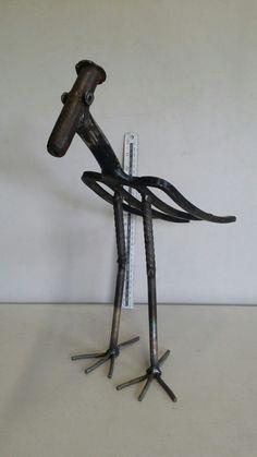 Junk Metal Art, Recycled Metal Art, Metal Yard Art, Scrap Metal Art, Junk Art, Metal Artwork, Welding Art Projects, Metal Art Projects, Metal Crafts