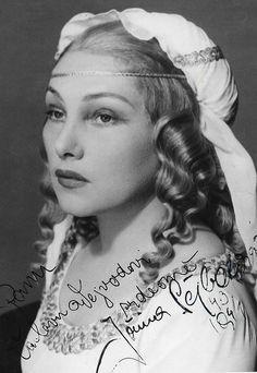 Jiřina Šejbalová Marlene Dietrich, Sophia Loren, Famous Faces, Famous People, Cinema, Actors, Retro, Celebrities, Beauty