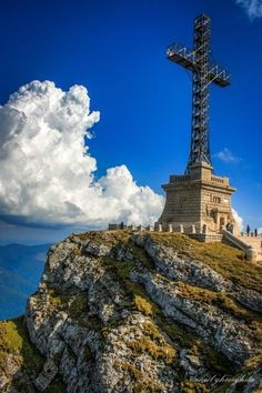 The Heroes' Cross is the tallest cross built on a mountain peak 2200 m, Romania