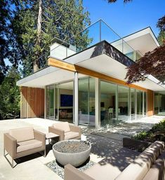 """1,365 Me gusta, 1 comentarios - Classy Homes (@classy.homes) en Instagram: """"Elm Street Residence designed by James K.M. Cheng Architects, In Vancouver, BC, #Canada Follow…"""""""