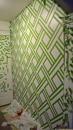 Taping It Modern - #DIY Wall Art With Painters Tape