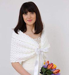 30 Ideas Crochet Shawl White Bridal Bolero For 2019 Crochet Kids Scarf, Crochet Cardigan, Knitted Shawls, Crochet For Kids, Crochet Shawl, Crochet Lace, Irish Crochet, Winter Wedding Shawl, Wedding Shrug