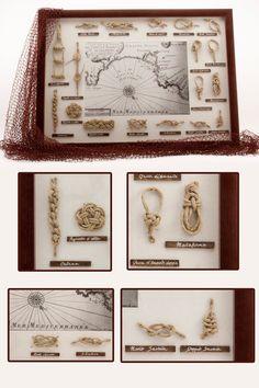 € 57,00 su www.misshobby.com. Quadro con nodi marinari fatti a mano con spago color corda naturale. Cornice in legno e vellutino bianco e carta nautica come decorazione centrale.