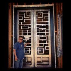 Miller – Welding Projects – Idea Gallery – Modern door - All About Welding Classes, Welding Jobs, Diy Welding, Metal Welding, Welding Ideas, Welding Design, Welding Crafts, Miller Welding, History Of Welding
