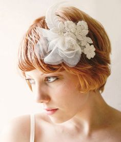 Feather And Lace Hair Comb - The Frisky