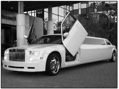 Bride's Cars : Bride Limo, Wedding Ride, Vintage Wedding Limo Wedding Transportation c. Limo Party, Wedding Limo Service, Wedding Cars, Summer Wedding, Wedding Venues, Beverly Hills, Cali, New York City, Classic Cars