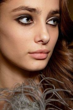 Taylor lovely eyes