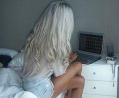 curled platinum hair