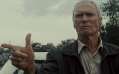 """Walt Kowalski (Clint Eastwood) Gran Torino """"Ever notice how you come across somebody once in a while you shouldn't have fucked with? That's me """"- Walt Love Clint Eastwood! Especially his younger days ; Clint Eastwood, Eastwood Movies, Gran Torino Film, Grand Torino, Best Drama Movies, Good Movies, Jude Law, Julia Roberts, Beautiful Boys"""
