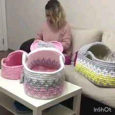 Pattern for DIY Beautiful Crochet Stitching! Pattern for DIY Beautiful Crochet Stitching! Beau Crochet, Crochet Patron, Knit Crochet, Crochet Basket Pattern, Crochet Patterns, Knitting Patterns, Crochet Crafts, Crochet Projects, Confection Au Crochet