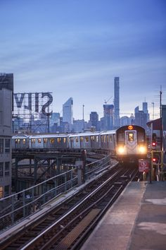 """My """"Subway Hitchhikers"""" novel grooves along tracks like these . Long Island City, Queens, New York City by Tagger Yancey IV/NYC Queens Nyc, Queens New York, New York Subway, Nyc Subway, Central Park, Empire State Building, Photo New York, New York City Photos, Bucket List Travel"""