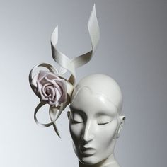 The perfect accessory Spring Racing Carnival, Races Fashion, Philip Treacy, Millinery Hats, Fancy Hats, Floral Headpiece, Flower Hats, Love Hat, Dress Hats