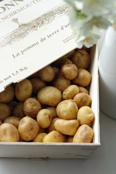 Potatoes by leboudoirgourmand Green Fruit, Fruit And Veg, Apple Recipes, Raw Food Recipes, Vegan Food, Raw Foodism, Herb Bread, Farmers Market Recipes, Bountiful Harvest