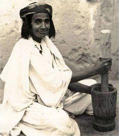 Femme juive marocaine de la région de Midelt (à partir de Dafina.net)