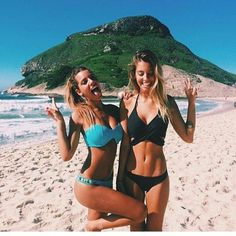 Untitled Endless summer Summer fashion Summer vibes Summer pictures Summer photos Summer outfits May 06 2020 at Summer Pictures, Beach Pictures, Cute Pictures, Best Friend Pictures, Friend Photos, Summer Goals, Summer Of Love, The Bikini, Bikini Girls