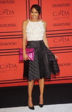 CFDA Awards Outfits Blanco, Swarovski, Cfda Awards, Hollywood Actresses, Star Fashion, Red Carpet, Gowns, Black And White, Formal Dresses