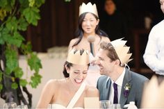 paper crowns for guests- so cute!