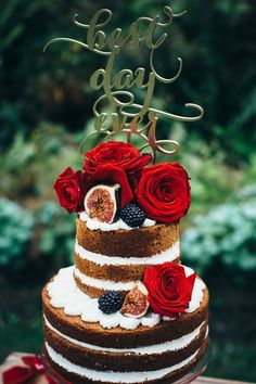 Naked wedding cake with cake topper