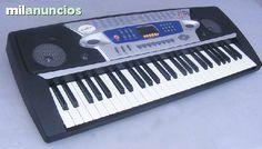 Teclado est�ndar 54 teclas. pantalla de led.8 demo canciones est�reo 100 timbres,100 ritmos, 16 estilos de percusiones,46 niveles de control del tiempo,16 grados de control de volumen, acorde digitado,bajo manual, acompa�amiento r�tmico y auto bajos.siste