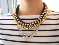 Rhinestone and chunky chain Statement Collar