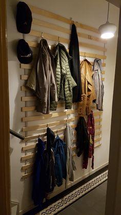 Pallet Coat Racks, Adams Homes, Ikea Hack, Entryway Decor, Wardrobe Rack, Interior, Closet, Diy, Woodwork