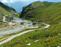 Un'altra India. Viaggio tra le colline dell'Himachal Pradesh. Di Virginia Jealous, autrice Lonely Planet. #India, in fuga dalla calca di Delhi © Fotografia di Giovanni Camici