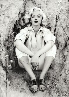 Chance : California Collection Inspiration Marilyn Monroe's hair and makeup is high-style today. Most successfully mimicked by Gwen Stefani..a beauty in her own right.