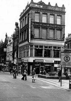 Lands Lane, at the corner with Albion Place Back In Time, Back In The Day, Old Pictures, Old Photos, Leeds City, West Yorkshire, My Town, Nottingham, Good Old