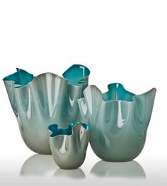 Venini-artglass-murano-decorative-accessory-glass-fazzoletti-opaline-vase-blue-harlequin-london