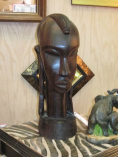 Statue African Bust Carved Dark Wood