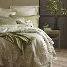 Turner Bay luxury home store Angelico Duvet Cover 27305 - bedding for a grand bedroom
