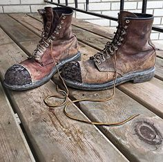 "Lasting 3 solid years of construction, @elianderson31 shared this photo of his 2233's, adding ""Red Wings are the best boot money can get you."" Thanks for your kind words Eli! Tag us in your photos of your work boots here or email them to photo@redwingshoes.com. #redwings #redwingshoes #workisourwork"