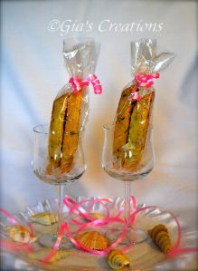 Italian Biscotti Cookies for any occasion, great for Bridal Party gifts, Wedding Favors & more! Freshly baked when your order is placed and shipped locally to anywhere in the world! Many flavors available. =)