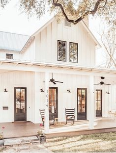 The Best Classic White Farmhouse Exterior Inspiration - A huge collection of Farmhouse inspiration that is classic yet completely on-trend showcasing white exteriors and some modern farmhouse touches.city home. We put our house White Farmhouse Exterior, Farmhouse Homes, Cottage Farmhouse, Farmhouse Home Plans, Farmhouse Ideas, Corbels Exterior, Farmhouse Addition, White Exterior Houses, Porch Addition