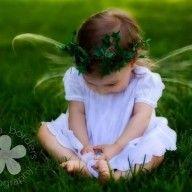 Little kid fairy. Pretty Photos, Faeries, Pixie, Fairy, Flower Girl Dresses, Fantasy, Wedding Dresses, Kids, Image