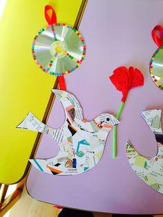 Περιστέρια της ειρήνης-www.kinderella.gr Cd Crafts, Diy And Crafts, Crafts For Kids, Arts And Crafts, Peace Crafts, 28th October, Peace Dove, Toddler Learning Activities, Nursery School