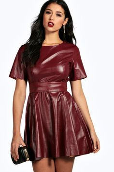 Jumpsuit Dress, Skater Dress, Dress Skirt, Cosplay Outfits, Sexy Outfits, Stunning Dresses, Beautiful Outfits, Black Leather Mini Skirt, Vinyl Dress