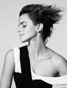 Emma Watson photographed by Kerry Hallihan for ELLE UK (March 2017) @lilyriverside