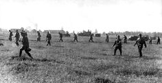 Dismount and sweep through the fields for resistance.  The campaign looks easy for them in early Barbarossa days. 1941