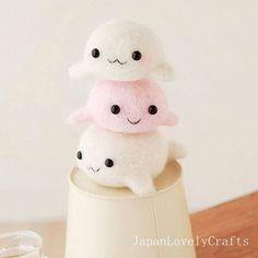 Japanese Needle Wool Felt Mascot DIY Kit - Seal Brothers - Midori Hattori - Hamanaka Kit - Kawaii Felting Kit - Easy Tutorial, F46