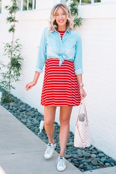 If you are looking for an easy 4th of July outfit idea, I have you covered with this adorable, affordable, and comfy red and white striped swing dress. #fourthofjulyoutfit #redwhiteandblueoutfit Urban Fashion, Boho Fashion, Winter Fashion, Vintage Fashion, Fashion Hats, Fashion Black, Retro Fashion, Korean Fashion Online, Online Fashion Stores