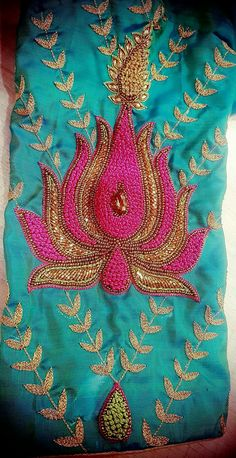 Hand Work Embroidery, Embroidery Motifs, Embroidery Fabric, Machine Embroidery Designs, South Indian Blouse Designs, Simple Blouse Designs, Blouse Neck Designs, Wedding Saree Blouse Designs, Lotus Design