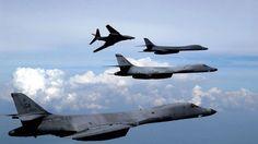 Die USA und Südkorea proben den Atomwaffenabwurf auf Nordkorea. Der eingesetzte Bomber des Typs B-1B ist noch schwerer als frühere Modelle. Der Überschall-Bomber kann zudem eine deutlich höhere Bombenlast transportieren als die B-52-Langstreckenbomber.