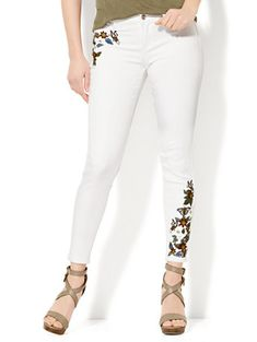 Shop Soho Jeans - Embroidered Ankle - White. Find your perfect size online at the best price at New York & Company.