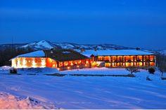 Semeli Resort at Thesi Kehagias, km from Elatohori Macedonia, Greece, Cabin, Mansions, House Styles, Travel, Home Decor, Greece Country, Viajes