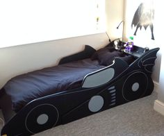 Some of you may have seen the the Batman Clock I made to go in a Batman themed bedroom, well now the bed is in, there is still a little work to do to ...